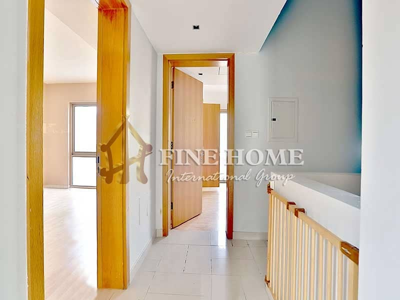 2 Invest in this Modernly Designed 3BR Townhouse