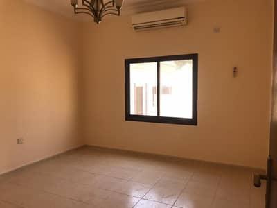 5 Bedroom Villa for Rent in Al Nasserya, Sharjah - Villa in an excellent location in Nasiriyah, Sharjah
