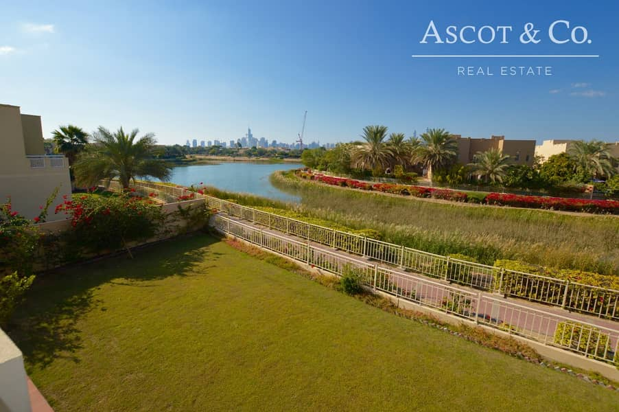 Immaculate | Full Lake View Type 8 Villa