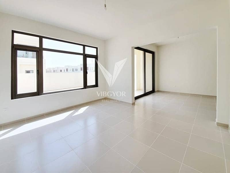 2 Great Value   Corner Unit   Near to Pool and Park