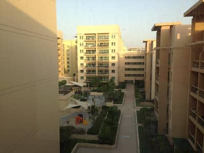 2 Bedroom Flat for Rent in The Greens, Dubai - Pool View I Well maintained I Beautiful layout