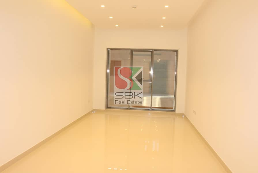 2 Spacious And Luxurious 2 Bedroom Available in Jumeirah 3