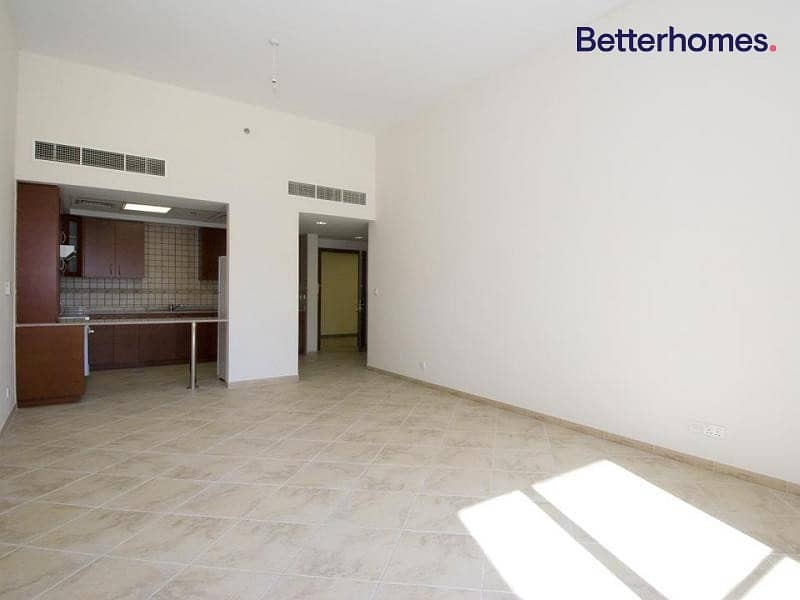 Spacious Terrace | Mid floor | Ready to move-in