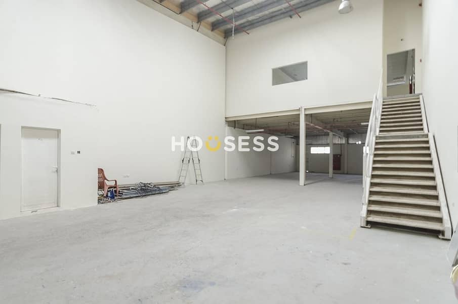 Specious Warehouse | Vacant | AL Qusais Industrial