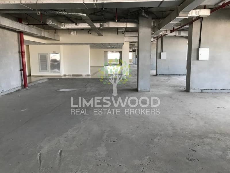 10 Big space for Retail| Very good location| negotiable price