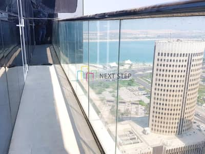 3 Bedroom Apartment for Rent in Corniche Area, Abu Dhabi - Captivating Three Bedroom Apartment Plus Maids room with All Facilities Included