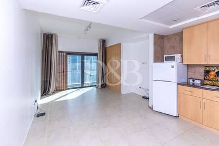 Multiple Cheques | High Floor | Lake View
