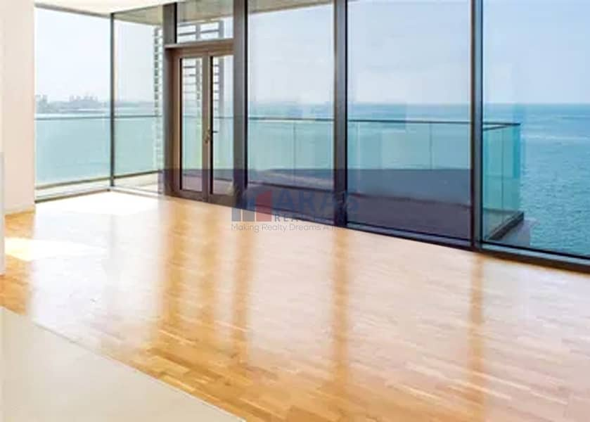 2 Panoramic View of Sea 4bhk with Maid Ready