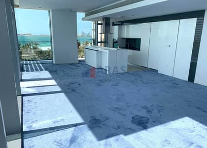 4 Bedroom Flat for Sale in Bluewaters Island, Dubai - Panoramic View of Sea 4bhk with Maid Ready