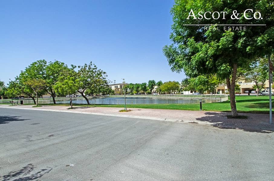2 Hot Deal |Walk To School | Opposite Lake