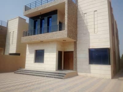 5 Bedroom Villa for Sale in Al Rawda, Ajman - Modern villa 5 thousand feet at a price of a shot