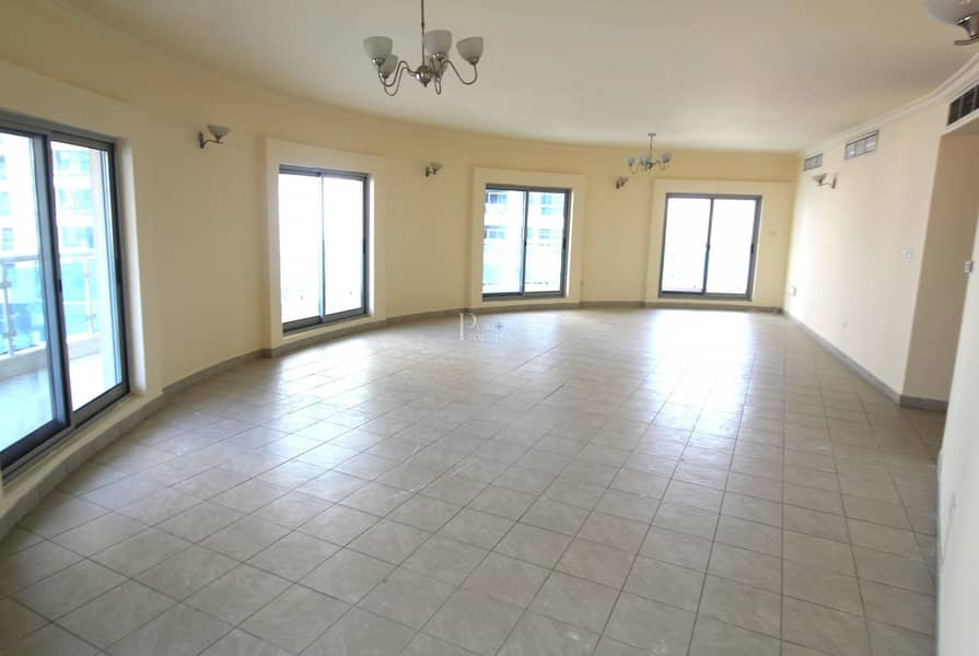 2 12 cheques   Negotiable   3Bed   Spacious