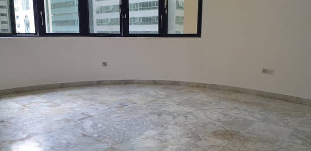 Incredible Apartment! 1BHK For Rent in Khalifa Street 42K
