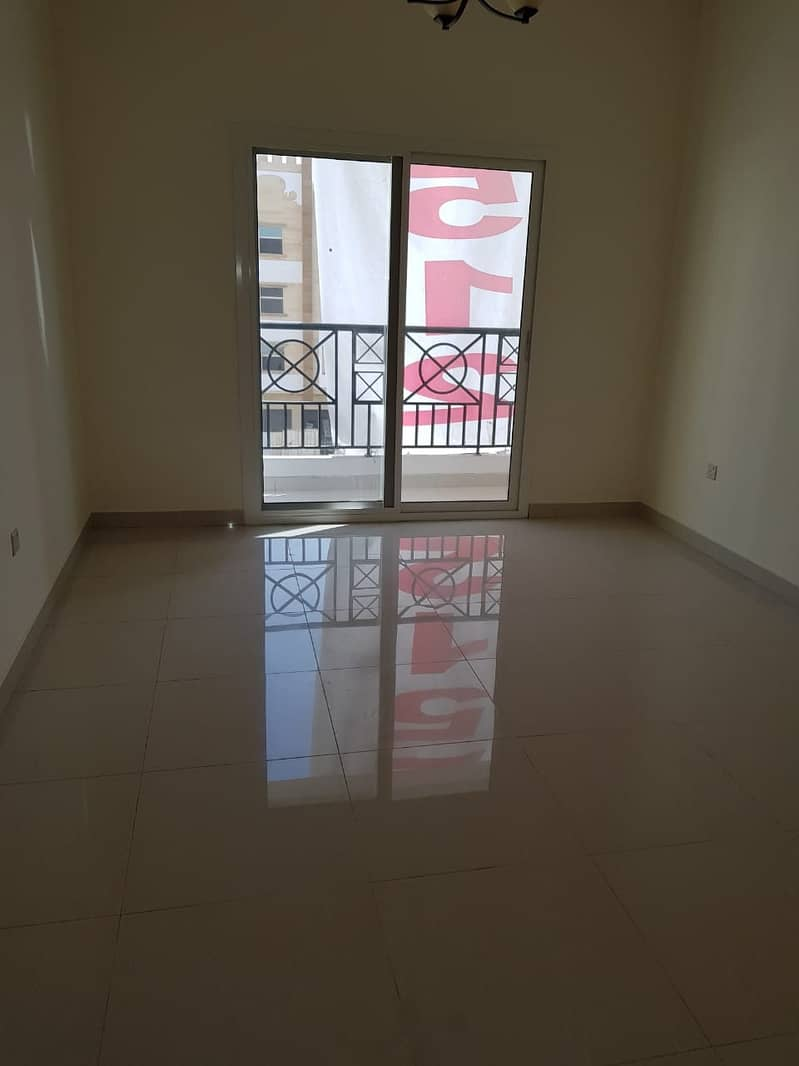 SPACIOUS 2BED ROOM HALL WITH BALCONY 1400SQFT RENT 30K IN 6CHQS ONE MONTH FREE CALL 055_2260846