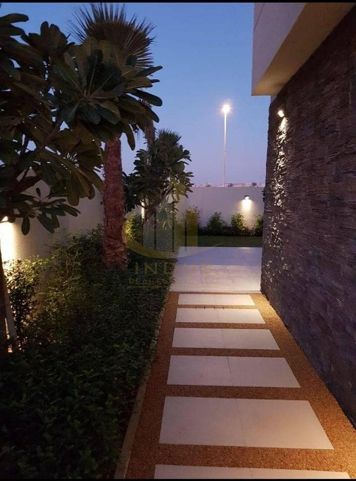 15 Fully furnished by Paramount  | 4BR Brand New Villa