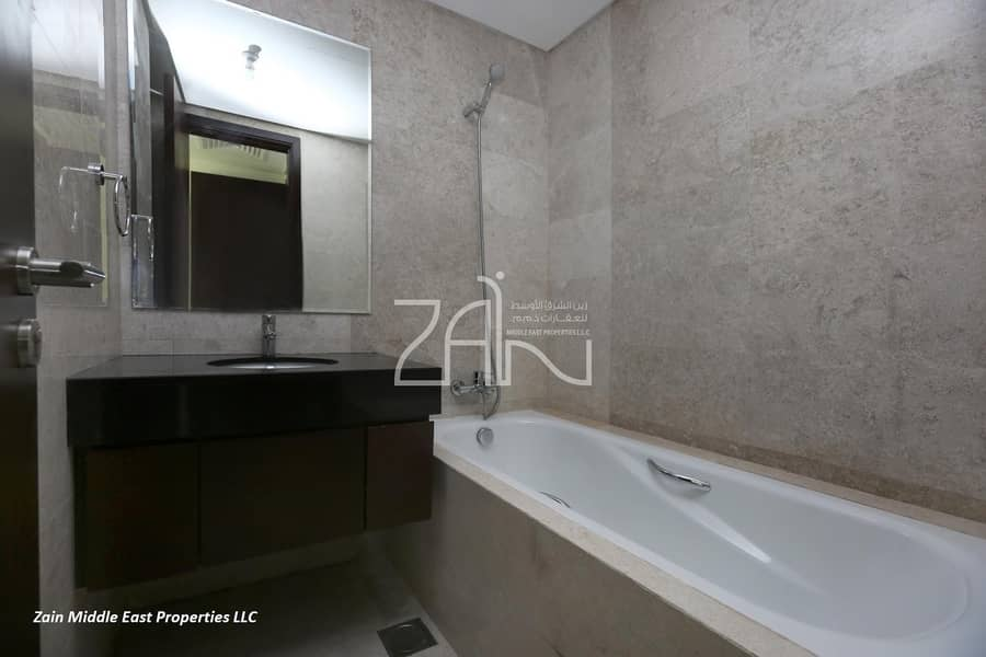 12 3 Payments! High Floor 2 BR Apt with Amazing Views