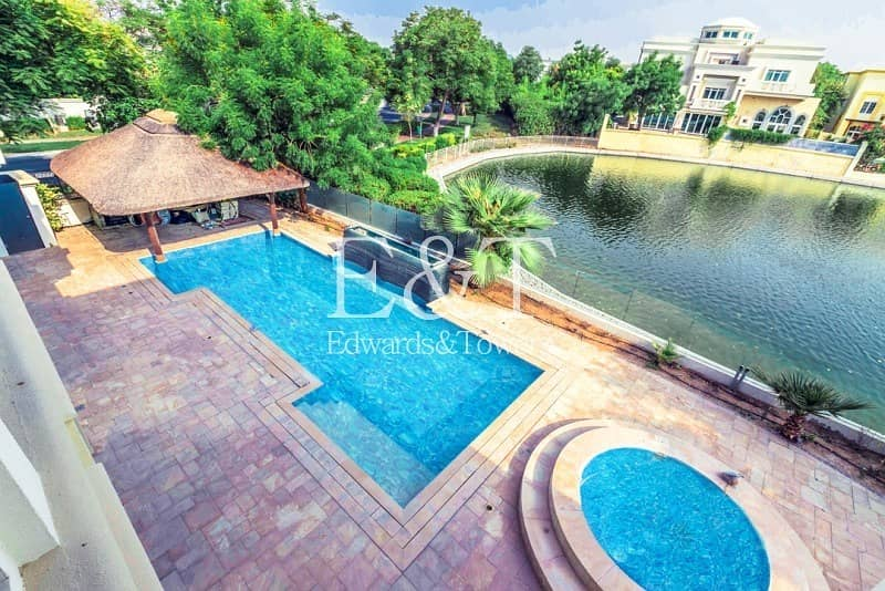 2 EXCLUSIVE   Immaculate  High Specification On Lake