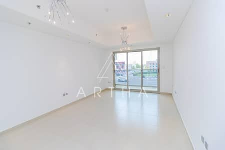 فلیٹ 3 غرف نوم للايجار في أم الشيف، دبي - Spacious and bright 3 bed Apartment | Burj view