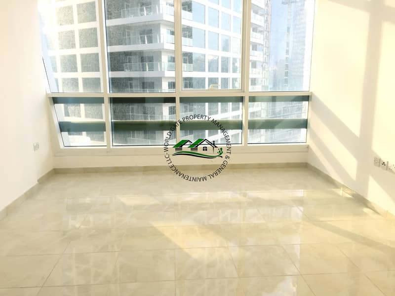 2 Magnificent 2 Bedroom Apartment with FREE Parking