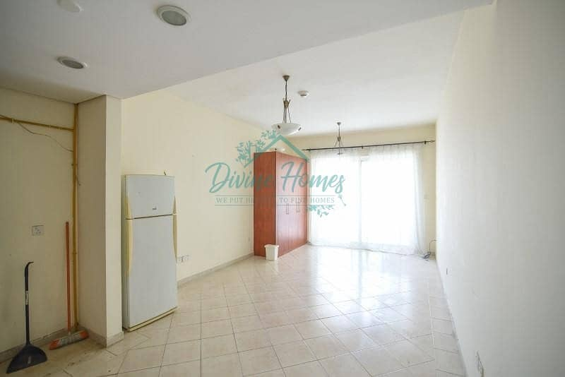 2 Studio Apartment with Parking