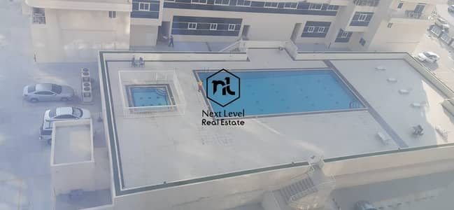 nice pool view 1 bedroom   and parking in 4 to 12 cheques