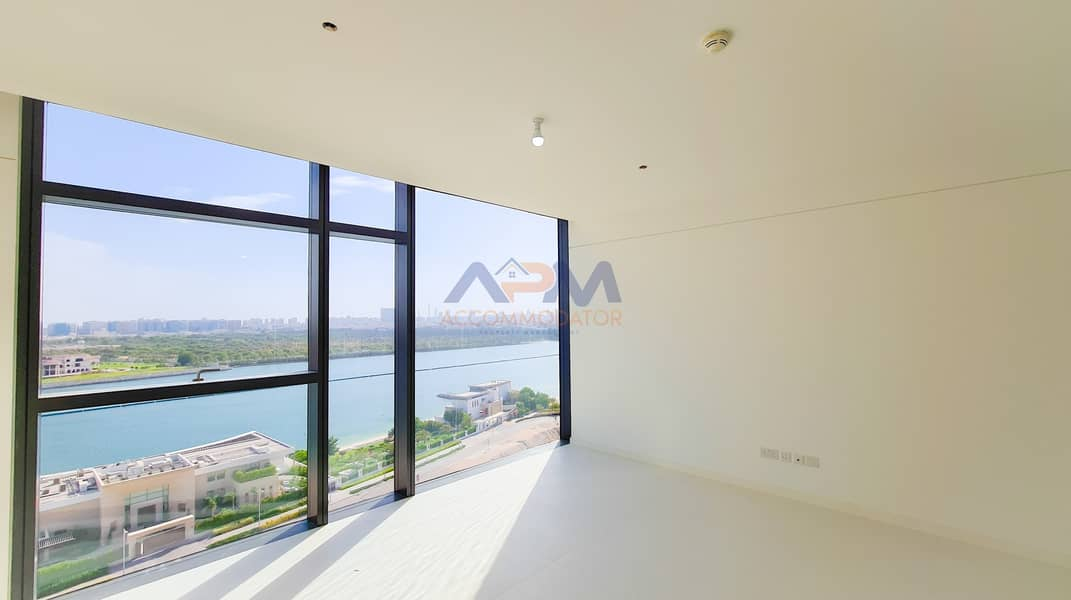 2 Fully Sea View ! 2 Bed Apartment With Kitchen Appliances.
