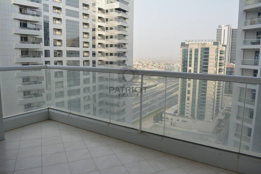 19 Upgraded 3Bedroom+Maids Room Apartment With Excellent Views