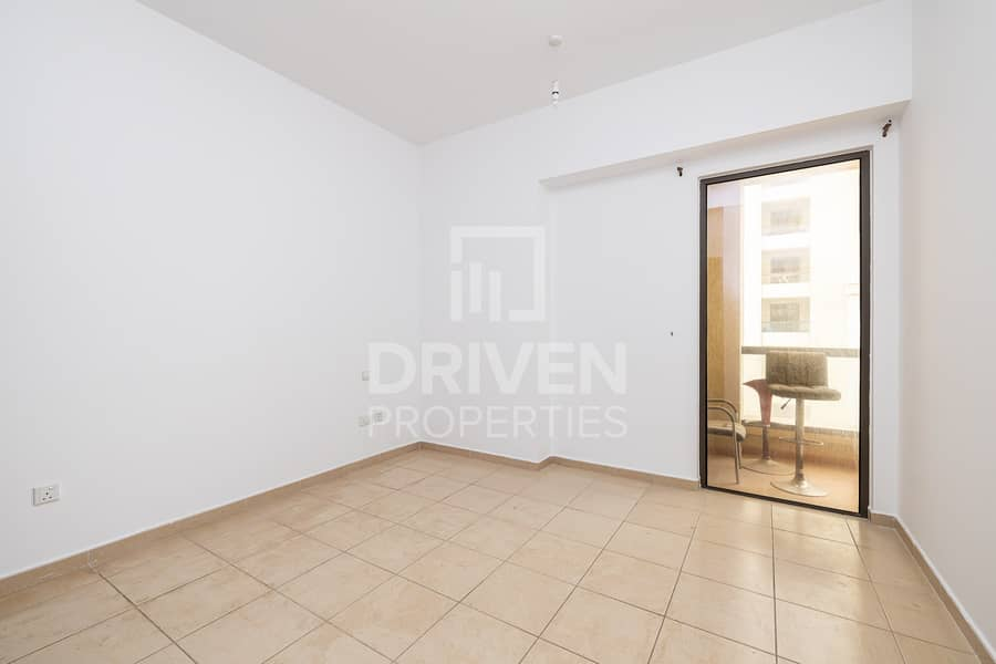 15 Spacious 3 Bedroom Unit with Marina View