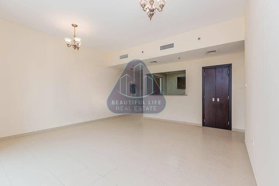 2 Very Spacious Extra Large 1BR Apartment Near Blue-Mart Super Market