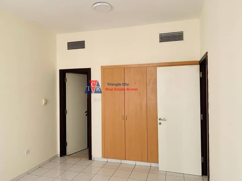2 One Bedroom/Balcony/Italy Cluster/Rented
