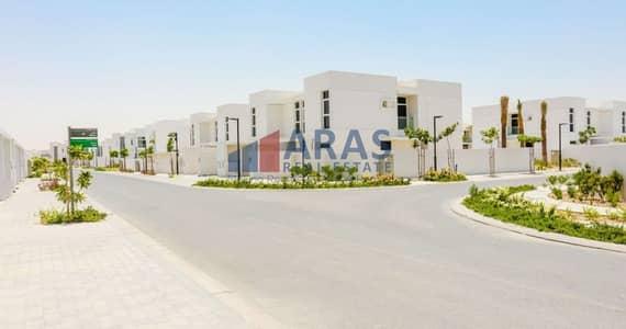 فیلا 3 غرف نوم للبيع في مدن، دبي - 3 Bed Single Row Townhouse Close to Pool Call now