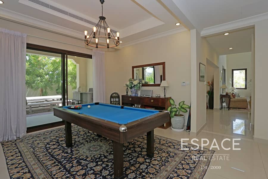 13 Single Row - Great Location - Landscaped
