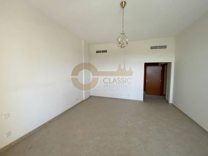 Exquisite 3 Bed Terrace Apartment | Motor City