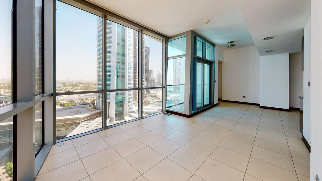 2 000 AED commission only | Open kitchen