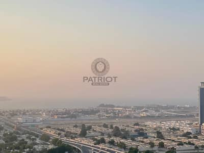 3 Bedroom Apartment for Sale in Barsha Heights (Tecom), Dubai - Upgraded 3Bedroom+Maids Room Apartment With Excellent Views