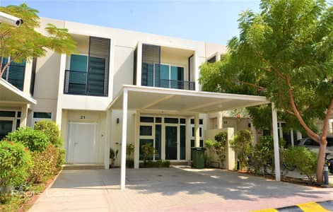 3 Bedroom Villa for Rent in Umm Al Sheif, Dubai - Modern Villa Well Kept Shared Facilities
