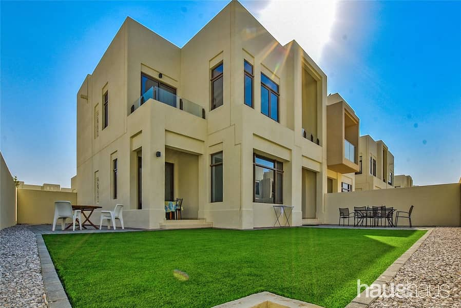 End of Row | Close to Pool + Park | Available now