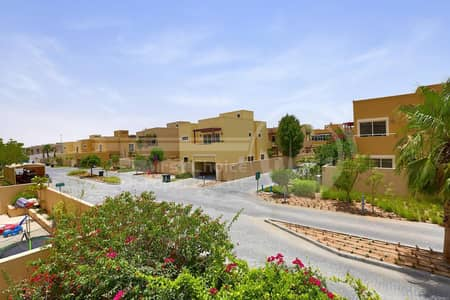 5 Bedroom Villa for Sale in Al Raha Gardens, Abu Dhabi - Good Price! Spacious Villa with Private Pool