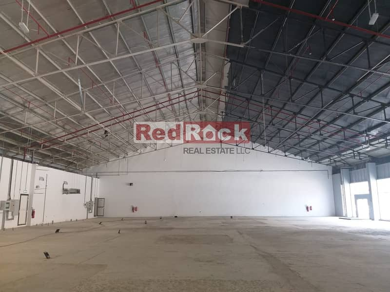 11 Excellent Showroom + Warehouse On Airport Road For Rent