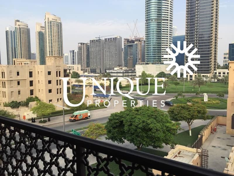 Vacant in October| Unfurnished| Prime Location