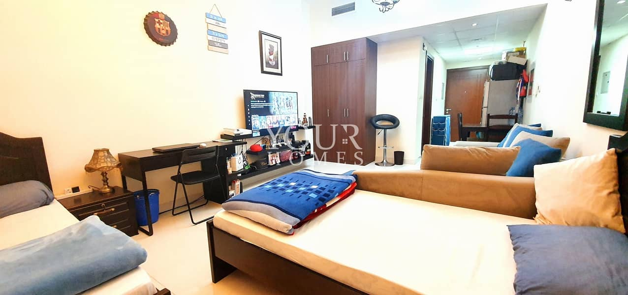 2 GOLF VIEW | HIGH FLOOR | WELL MAINTAINED STUDIO