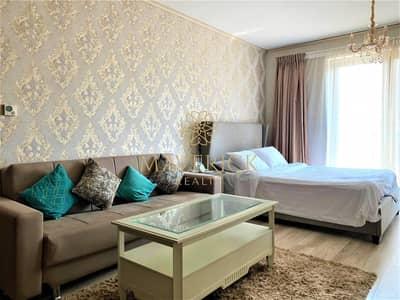 Studio for Rent in Downtown Dubai, Dubai - Spacious Furnished Studio | Chiller Free