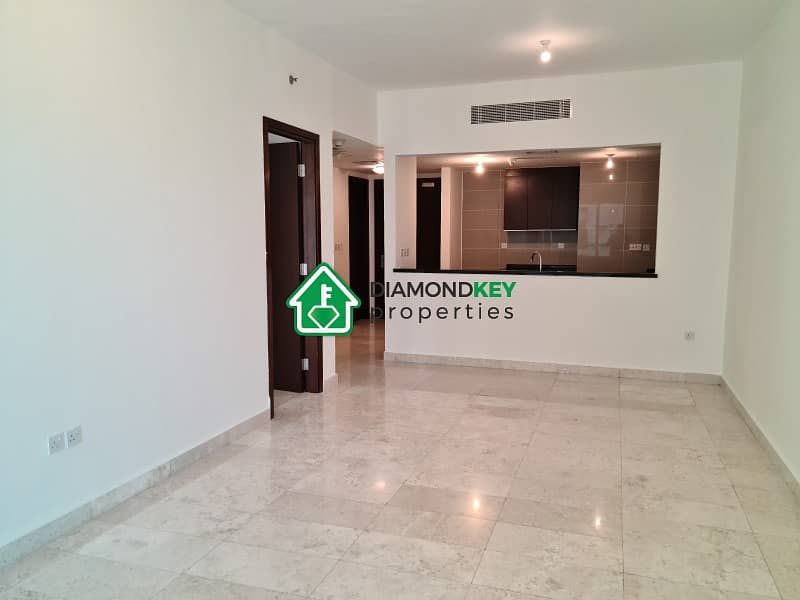 Biggest 1 Bedroom with Balcony in Marina Square