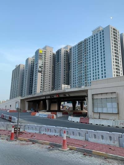 فلیٹ 1 غرفة نوم للايجار في مدينة المرموقة، عجمان - أنيق للغاية BHK واحد للإيجار مع مبرد مجاني (AC) في أبراج المدينة فقط لـ 17000 ف1 شيكات