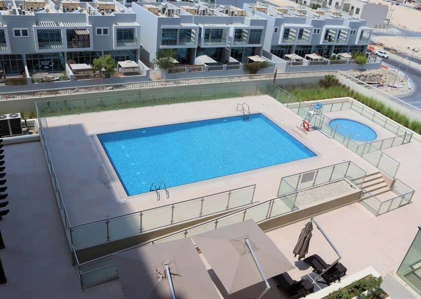 11 Spacious Fully Furnished 1 BR Apartment.