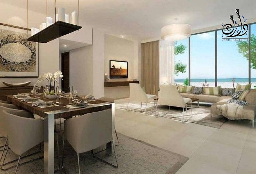 10 Owns a villa on the sea in the city of Sharjah waterfronts