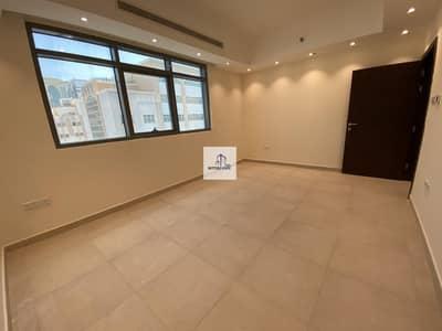 شقة 2 غرفة نوم للايجار في المشرف، أبوظبي - Hot Deal Brand New 2 Bedroom With Parking Only 57000 AED