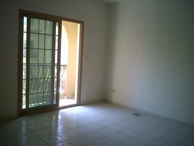 1 BEDROOM WITH BALCONY FOR SALE 285,000