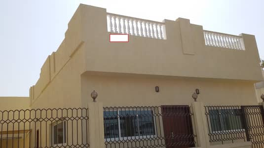 Huge 2BR Villa With Maids room In Abu Hail