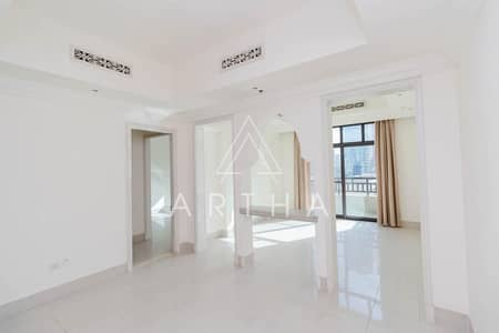 Exclusive | Bright Apartment | Palace Hotel view